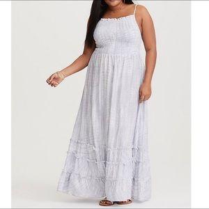 TORRID Blue & White Tie-Dye Smocked Dress 💙